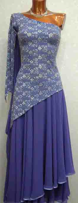Платье  стандарт Юн-2 Прокат- 300 грн.