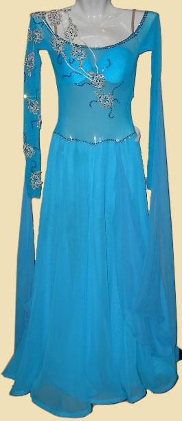 Платье стандарт Юн-2 Прокат-250 грн.