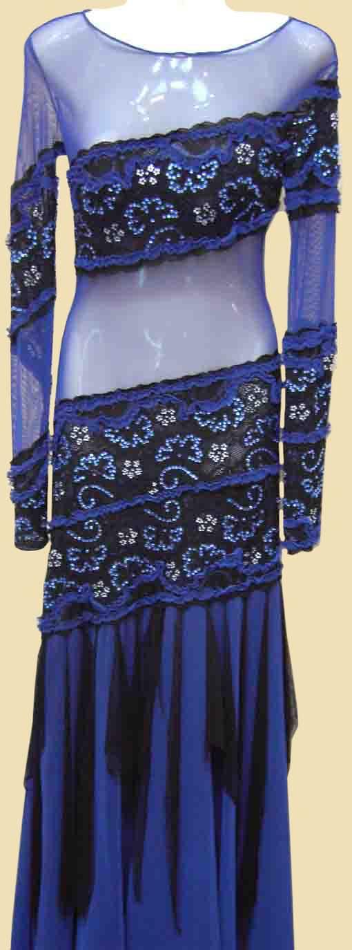 Платье стандарт Юн-2 Прокат-350 грн.